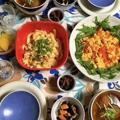 ホタテ料理/マカロニサラダ/ミートボール料理/トマト料理/LIMIAごはんクラブ/フォロー大歓迎/... 🍅昨夜の夕食🥢 ミートボール・野菜のカレ…