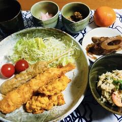 我が家の夕食/天ぷら/セリア/100均/おうちカフェ 🍚我が家の夕食🥢 天ぷら(海老・とうもろ…