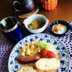 グラタン/モカコーヒー/きな粉ヨーグルト/カブレシピ/残り物/ズッキーニマヨ焼き/... 🥖我が家の朝ゴパン☕️ バケット🥖 フラ…