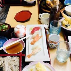 天ぷら/蕎麦/お寿司/ご飯が美味しい店/おすすめアイテム/令和の一枚/... 🔥ねぶたの夜運行最終日🔥 又々いとこ一家…(2枚目)