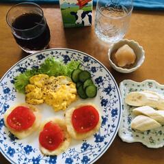 ポン・デ・ケージョ/我が家の朝ごぱん/おうちごはん/業務スーパー/時短レシピ/ラク家事/... 🍅我が家の朝ごぱん☕️ ポン・デ・ケージ…