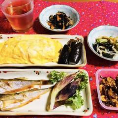 クルミの佃煮/ミョウガ/もやし卵巻き/はたはた/ご飯/フォロー大歓迎/... 🍚我が家の夕食🥢 焼き魚(はたはた) 焼…