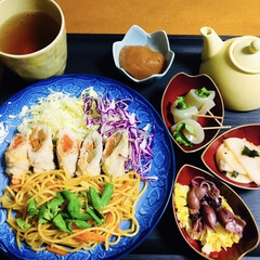 KNK 上北農産加工 スタミナ源塩焼きのたれ 380g(イカ惣菜、加工品)を使ったクチコミ「🍚我が家の夕食🥢 源たれパスタ(焼肉たれ…」