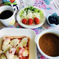 きな粉ヨーグルト/ヨーロピアンコーヒー/ピザトースト/我が家の朝ゴパン/おうちごはん/ラク家事/... 🍞我が家の朝ゴパン☕️ ミニトマト🍅カニ…