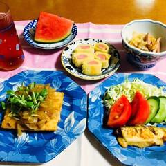 すいか/枝豆/厚揚げ豆腐/ご飯/フォロー大歓迎/次のコンテストはコレだ! 🍚我が家の夕食🥢 厚揚げ豆腐にカレー玉ね…