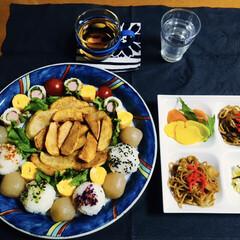 食器/私の手作り/ワンプレートご飯/春のフォト投稿キャンペーン/ありがとう平成/フォロー大歓迎/... 🍚昨夜の夕食🥢 丸と四角のワンプレートに…