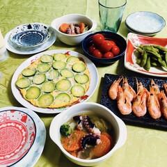 タコレシピ/ジャーマンオムレツ/我が家の夕食/青いものシリーズ 🍚我が家の夕食🥢 ズッキーニのジャーマン…