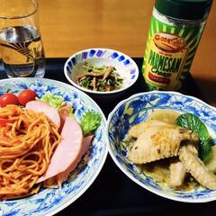 手羽先煮/ナポリタンスパゲティ/我が家の夕食/おうちごはん/業務スーパー 🍝我が家の夕食🍴 ナポリタン🍝 ハム野菜…