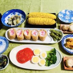 我が家の夕食/かぼちゃ煮/茄子ピーマン炒め/かぶ/たこ焼き/いなり寿司/... 🍚我が家の夕食🥢 いなり寿司。 枝豆。 …