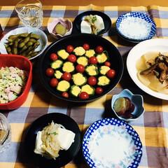 鮭とば/ピーマン卵詰め/ご飯/フォロー大歓迎/リミアな暮らし 🍚我が家の夕食🥢 ピーマンにおから・卵詰…