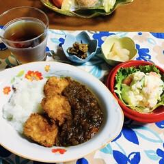 地元食材/ポテトサラダ/帆立フライ/我が家の夕食/おうちごはん/うちの定番料理 🍛我が家の夕食🥄 帆立フライ・キーマカレ…