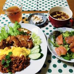 鶏肉照り焼き/残り物活用/息子手作り/我が家の夕食/おうちごはん 🍚我が家の夕食🥢 鶏の照り焼き。 長芋麹…