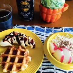 シーチキンサラダ/ワッフル/チョコバナナ/我が家の朝ご飯/100均/セリア/... 🧇我が家の朝ゴパン☕️ ワッフル🧇 チョ…