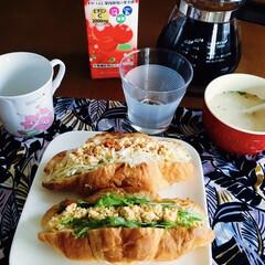 缶入り コーヒー粉 スペシャルブレンド 340g × 6缶 ブレンドコーヒー お徳用 まとめ買い キーコーヒー keycoffee 人気 オススメ ドリップコーヒー 珈琲 | キーコーヒー(コーヒー豆(豆挽き済))を使ったクチコミ「🥐我が家の朝ゴパン☕️ クロワッサンサン…」