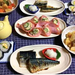 太巻き寿司/肉じゃが/ポテトサラダ/鯖の塩焼き/フォロー大歓迎/LIMIAファンクラブ/... 🍚昨夜の夕食🥢 鯖の塩焼き。 肉じゃが。…