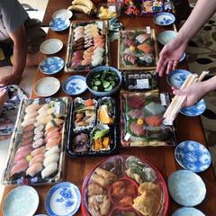 握り寿司/オードブル/誕生日祝い/矢沢永吉/シーフードピザ/誕生日/... 💝誕生日祝い💝 今年は大好きな人の誕生日…