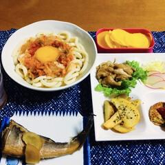 キッコーマン 濃いだし本つゆ 500ml 1本(めんつゆ、そばつゆ)を使ったクチコミ「🍚我が家の夕食🥢 煮魚(ホッケ) キムチ…」(1枚目)