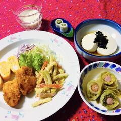 甘酒/腸活/竹輪にオクラ/丸豆腐/厚焼き卵/白菜レシピ/... 🍚我が家の夕食🥢 牡蠣フライ🦪🥗 厚焼き…(1枚目)