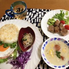 酢の物/サイコロステーキ/クリームシチュー/ライスバーガー/おうちごはん/スタミナ丼/... 🍚我が家の夕食🥢 ガーリックライスバーガ…