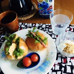 きな粉ヨーグルト/サンドイッチ/我が家の朝ゴパン/おうちごはん/簡単/100均 🥐我が家の朝ゴパン☕️ 卵・ハムのサンド…