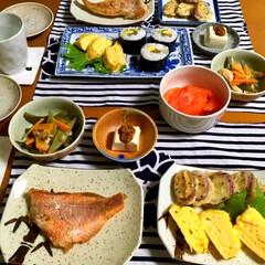 はちみつアーモンド/フォロー大歓迎/わたしのごはん/おうちごはんクラブ/グルメ/フード/... 🍚今日の夕食🥢 焼き魚(赤魚) さつまい…
