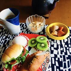 きな粉ヨーグルト/ヨーロピアンコーヒー/我が家の朝ゴパン/スタミナご飯/夏に向けて/おうちごはん/... 🥖我が家の朝ゴパン☕️ 野菜サンド🍅🥬 …