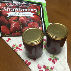手作りジャム/冬/おうち/おうちごはん/グルメ/フード/... イチゴジャム☆ コストコの冷凍イチゴとて…