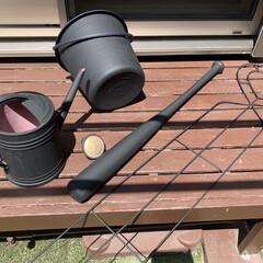アサヒペン - 水性多用途カラー - 0.7L - ツヤ消し黒   アサヒペン(ペンキ、塗料)を使ったクチコミ「ペイント☆  ・ジョウロ    (以前の…」(1枚目)