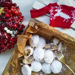 スノーボールクッキー/お菓子作り/クリスマスの手作りスタイル/クリスマス/クリスマスレシピ/我が家のテーブル/... I enjoyed making sno…(1枚目)