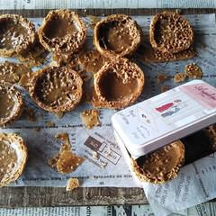 焼き菓子/お菓子作り/ラスク/クッキーシュー/クッキーシュークリーム/シュークリーム/... *アーモンドダイスがトッピングのシューラ…