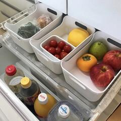 スッキリ/すっきり暮らす/暮らしを整える/整理収納アドバイザー/整理収納/仕切る収納/... 冷蔵庫の野菜室収納の引き出しは大きいので…