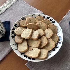 アラビア プレート ARABIA ブラック パラティッシ Black Paratiisi プレート ARABIA 21cm 6671 | アラビア(皿)を使ったクチコミ「強力粉を使ったクッキーを作りました🍪ミッ…」(3枚目)