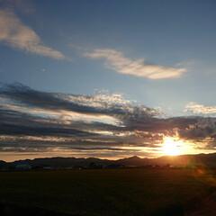 風景/景色/夕日 久しぶりにいい夕日撮れました。スマホ持っ…