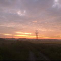 幻想的/田舎暮らし/朝焼け 近くの山に 朝焼けを見にドライブしてきま…(4枚目)