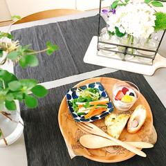 木製プレート/フード/ニトリ/キッチン/キッチン雑貨/おうちごはん ワンプレートで肩肘張らない朝ごはん 木製…