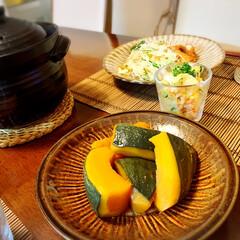 秋の食材料理/土鍋炊飯/テーブルフォト/アラフォー主婦/小鹿田焼のお皿/おうちごはん/... ☆ ・ かぼちゃの煮物  北海道から届…