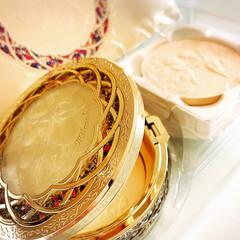 宝石箱/クリスマス2019/ステンドガラス/ミラノコレクション/Xmasプレゼント/フェースパウダー/... 毎年楽しみにしてる ミラコレのフェースパ…