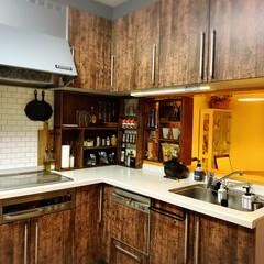 キッチン収納扉/ソックモンキー/壁紙シール/キッチン壁変更/棚/キッチン/... お久しぶりでーす🤗 元気ですよーーーーッ…(5枚目)