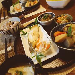 セリア/丸型トレイ/豆皿/和食ご飯/ニトリ/うちの定番料理 今夜は和食で  『お も て な し』🙇…