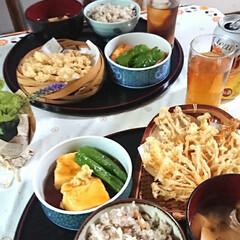 秋の味覚/きのこキノコ茸/フォロー大歓迎/おうちごはん/節約/おうちご飯 なんちゃって松茸ご飯 舞茸のお味噌汁 こ…