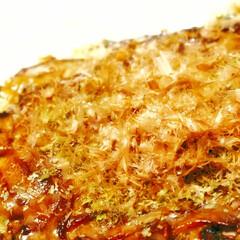 カツオブシ/カツオ節/かつお節/粉もん/手作り/自炊/... とてもシンプルなお好み焼きのキャベツ焼き…