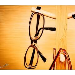 置き場所/家/屋内/寝室/部屋/室内/... メガネスタンドと眼鏡やサングラス 1日の…