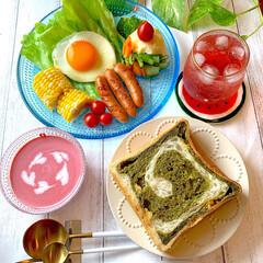 ビーツ/冷製ポタージュ/手作りパン/ブランチ/おすすめ/おうちカフェ/... 今日のブランチは、ぐるぐる巻き巻き抹茶パ…