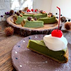 炊飯器ケーキ/炊飯器レシピ/ホットケーキミックスのおやつ/ホットケーキミックス/おもてなしスイーツ/手作りおやつ/... 濃厚抹茶レアチーズケーキを ホットケーキ…