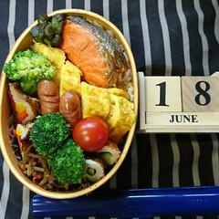 曲げわっぱ/高校男子弁当/ランチ おはようございます🤗  お天気🌞です🎵 …