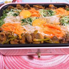 ワーキングマザー/ワーキングママ/女の子ママ/3人姉妹/野菜料理のレシピ/Brunoコンパクトホットプレート/... 焼きビビンバ🌸 Brunoでビビンバしま…