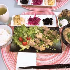 リメイクメニュー/夕食タイム/ワーキングマザー/ワーキングママ/野菜料理/野菜料理のレシピ/... 以前のひじきの煮物はがんもどきに変身🌸 …