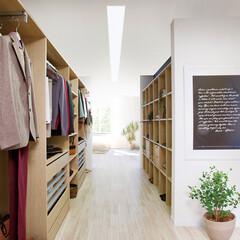 nankaiplywood/南海プライウッド/収納生活/収納/建材/内装材/... 手前と奥の部屋から出入りでき、奥行の広さ…