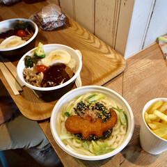 バーガー/ハンバーグ/うどん/ポテト/ランチ/京都水族館/... 甥っ子たちと分け合いっこしながら食べまし…