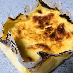 手づくり/オススメ/バスク風チーズケーキ/山本ゆりさんレシピ バスク風チーズケーキ🧀作りました(*^^…